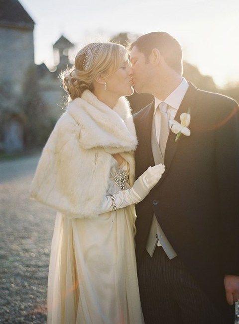 Resultado de imagen para winter wedding gloves