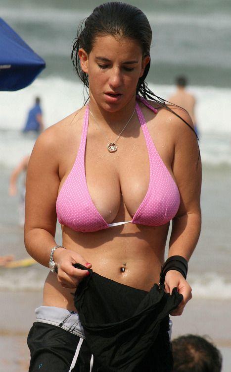 Fat bikini amateurs posing naked