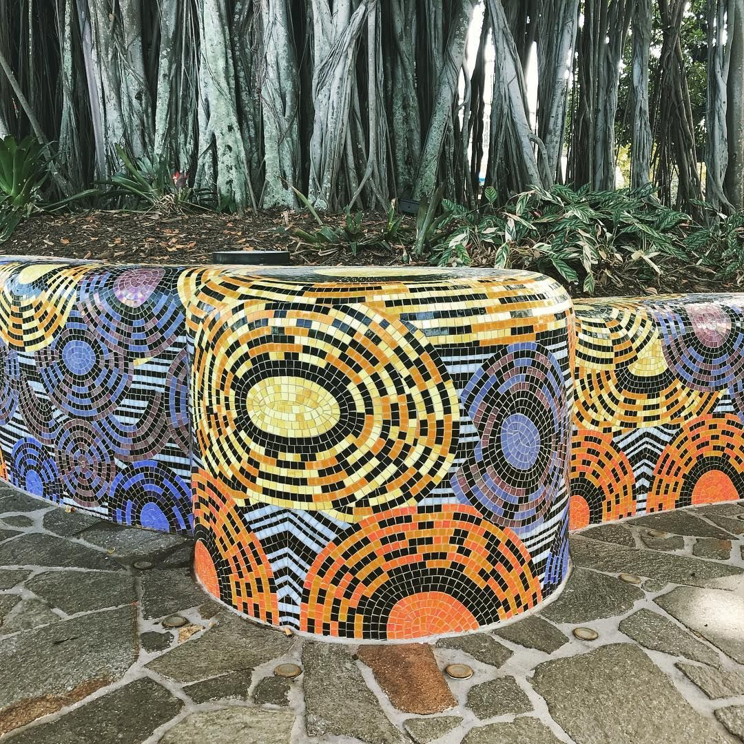 Lovely Mosaic Benches In Cairns Onmywaytoyoga Mosaic Tropical Mosaic Art Mosaic Bench