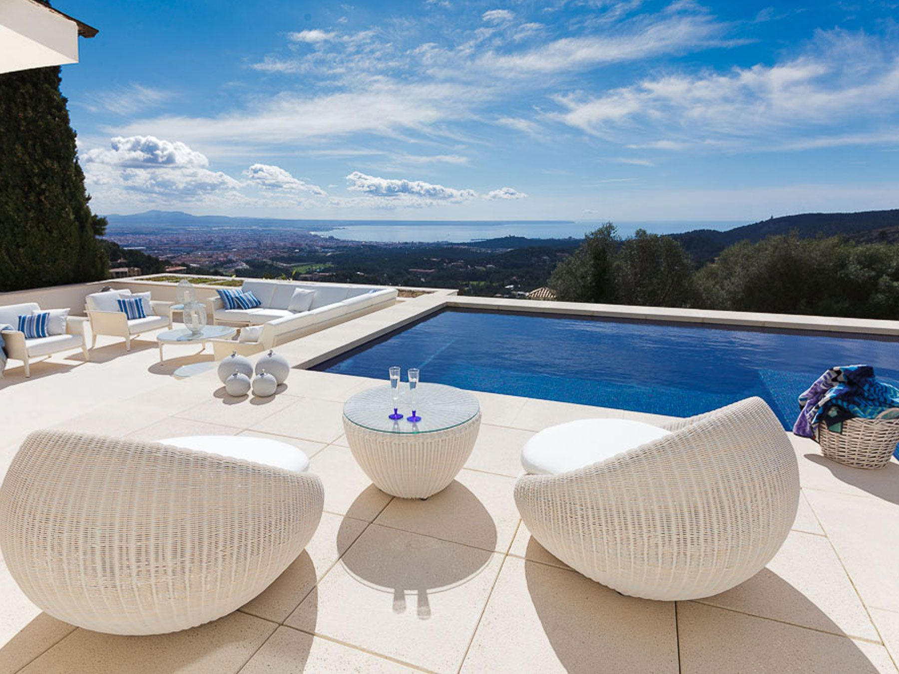 Jorge Fernández   Jardín #decoración #jardín #terraza #muebles ...
