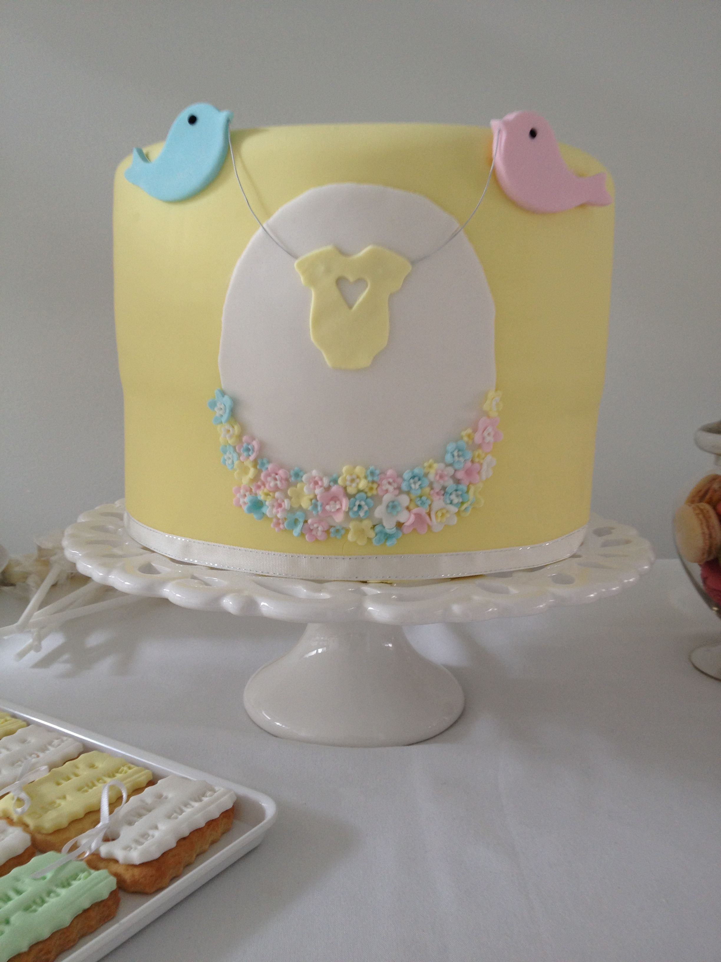 Baby shower cake gender neutral