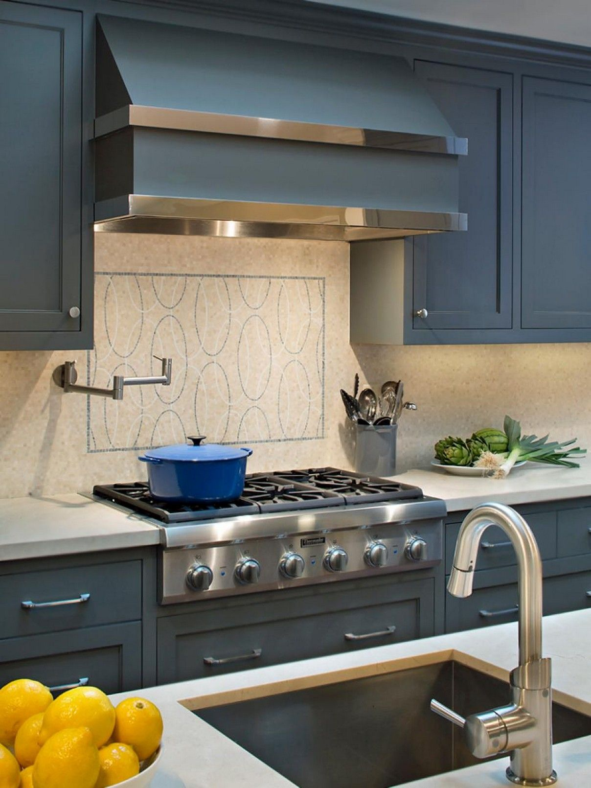 Best Ideas Hottest Kitchen Cabinet Colors For 2020 Kitchen Design Color Kitchen Cabinet Styles Beautiful Kitchen Cabinets