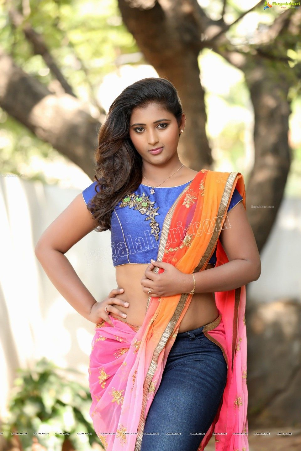 Check out photos of of Telugu movie RGVs Naked heroine