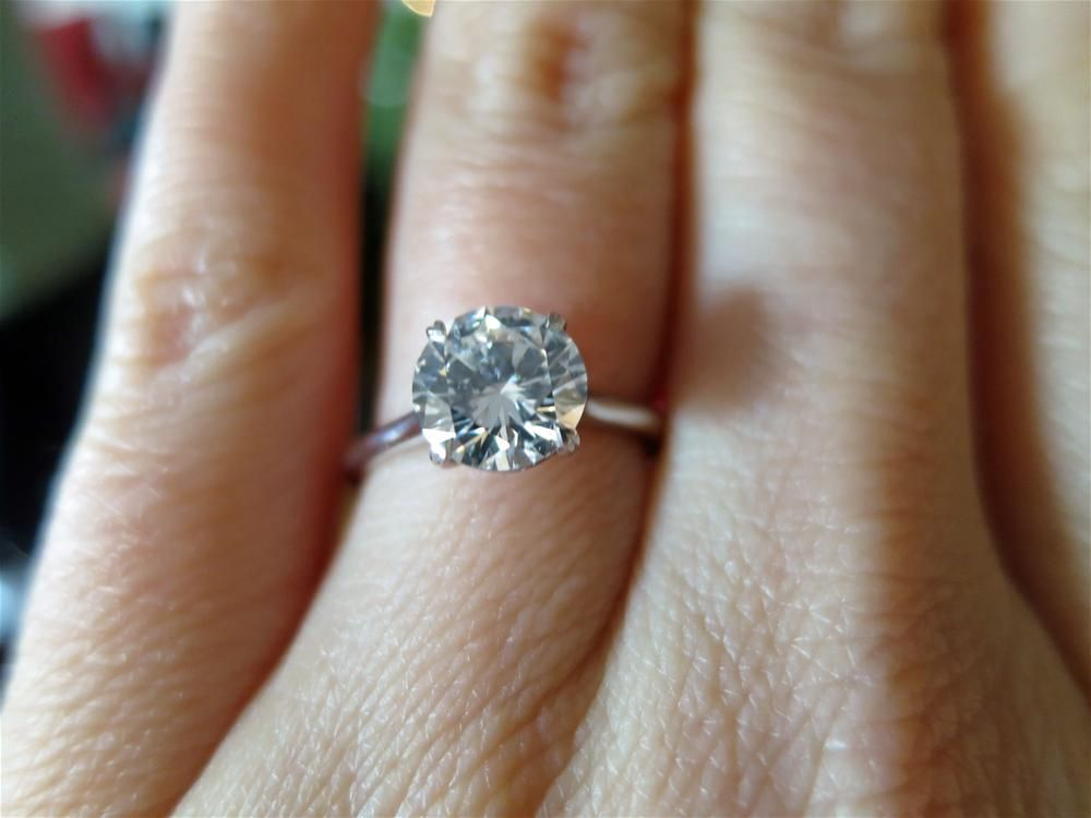 Sarahs Lovely Diamond Engagement Ring From Matteo Click To Read