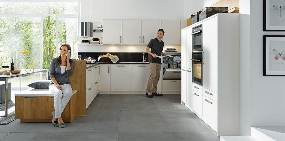 Schuller Mobelwerk Kg Parma L135s Magnolia Satin Mit Bildern Schuller Moderne Kuche Kuche Sitzbereich