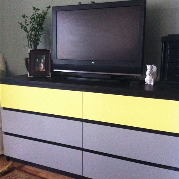 Ikea Malm 6 Drawer Dresser In Black Brown Finish With Lemon Drop