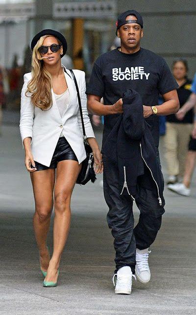 Leather shorts + heels + blazer