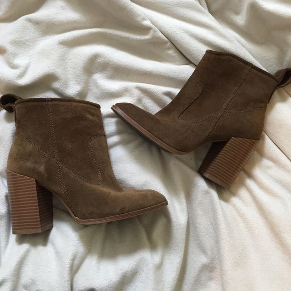 Zara Suede Boots Worn twice. True to size. No trades :) Zara Shoes Ankle Boots & Booties