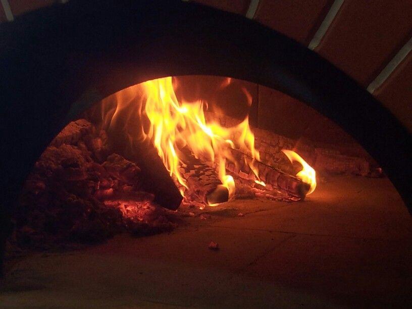 Il forno a legna  Valoriani : tecnologia e tradizione per prestazioni altissime.