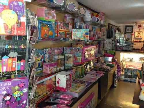 Tiendas de regalos buscar con google tienda merceria pinterest tiendas de regalos - Mobiliario para merceria ...