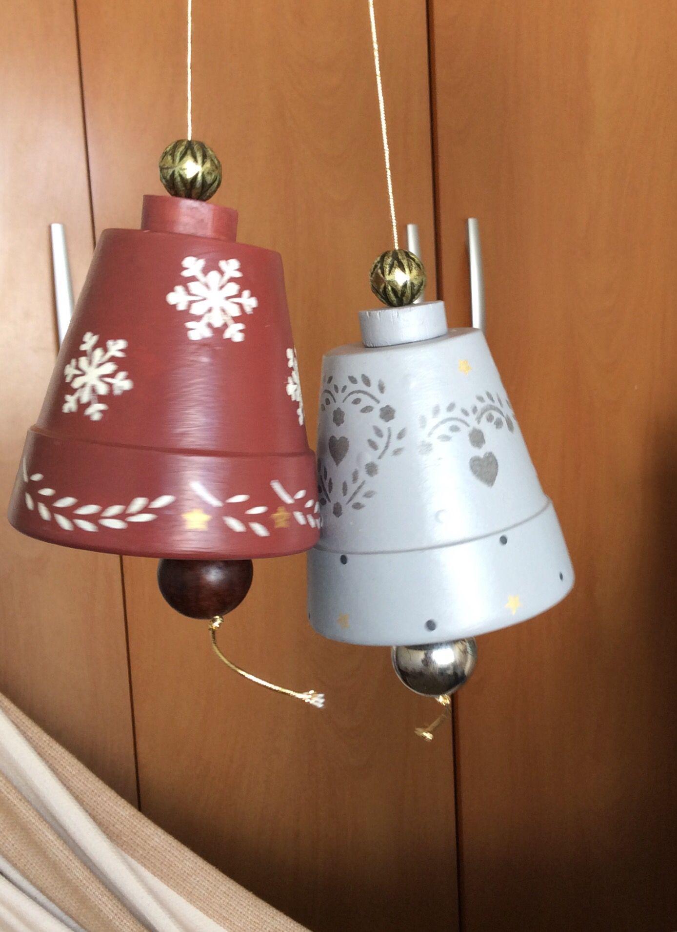 Sinos de Natal em cerâmica .