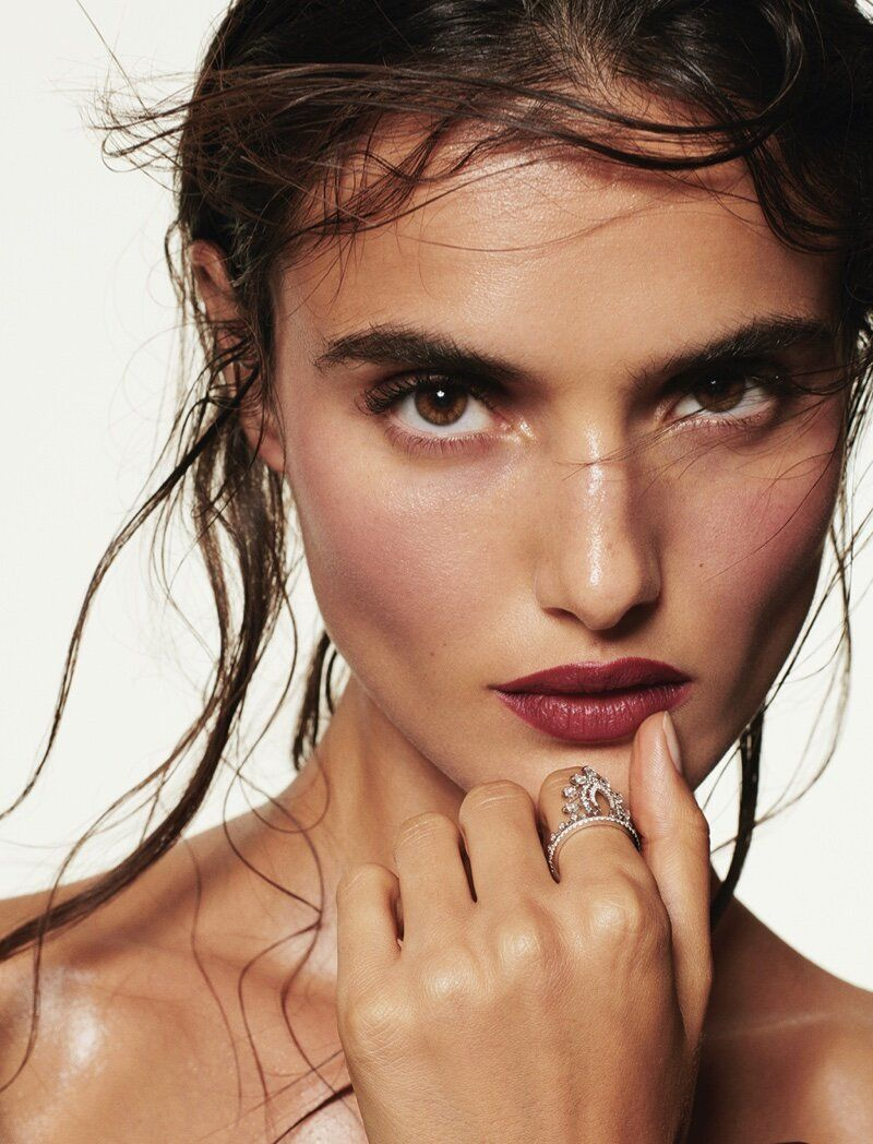 Blanca Padilla In Givenchy Beauty Lipstick in Fall Fashion Editorial — Anne of Carversville ,  #Anne #Beauty #Blanca #Carversville #editorial #Fall #Fashion #fashioneditorialphotographyfantasy #Givenchy #lipstick #Padilla