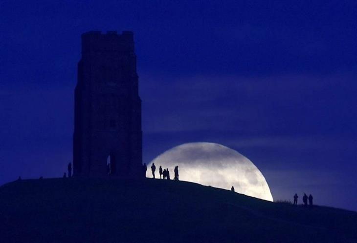 Glastonbury, Inglaterra. fotos superluna
