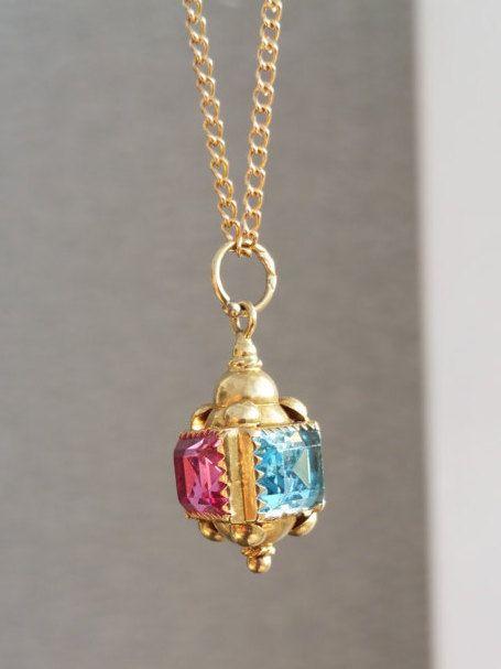 9ct Gold Lantern Gem Set Charm