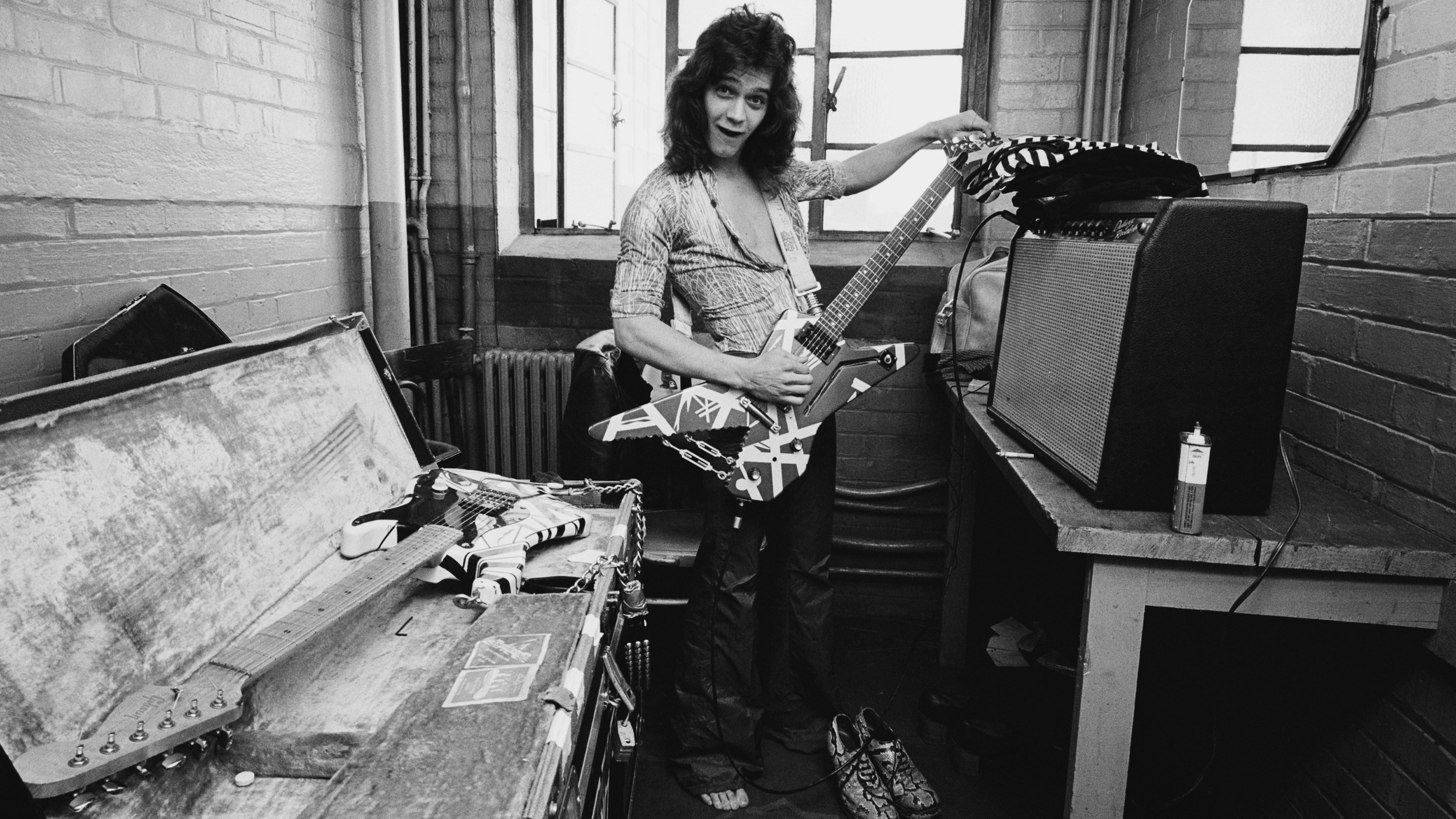 Guitar Skills Learn Hard Rock And Heavy Metal Guitar Essentials Musicradar In 2020 Eddie Van Halen Heavy Metal Guitar Van Halen