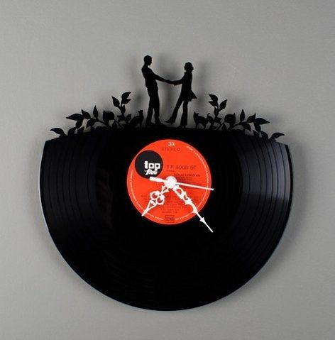 Now, if only I could have made a clock this cool in school.