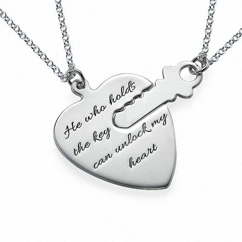 f15ce8957733 Collar de Plata la Llave de Mi Corazón modelo Yuna. Collar de Plata 925 con  para una pareja de enamorados con un corazón y una llave que encaja en él.