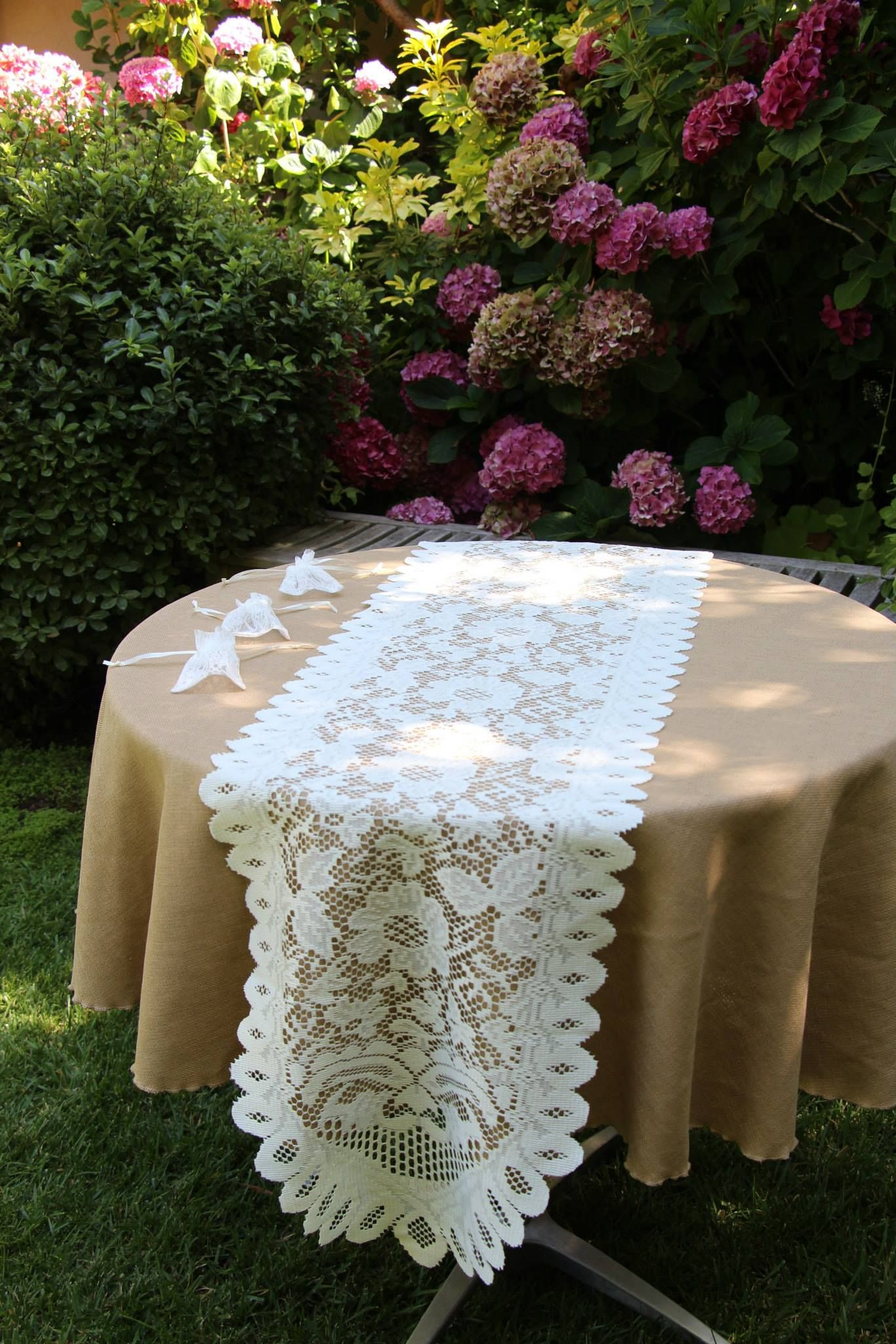 table linens overlays in 2018 burlap tablecloths for weddings rh pinterest com burlap and lace tablecloths burlap tablecloths