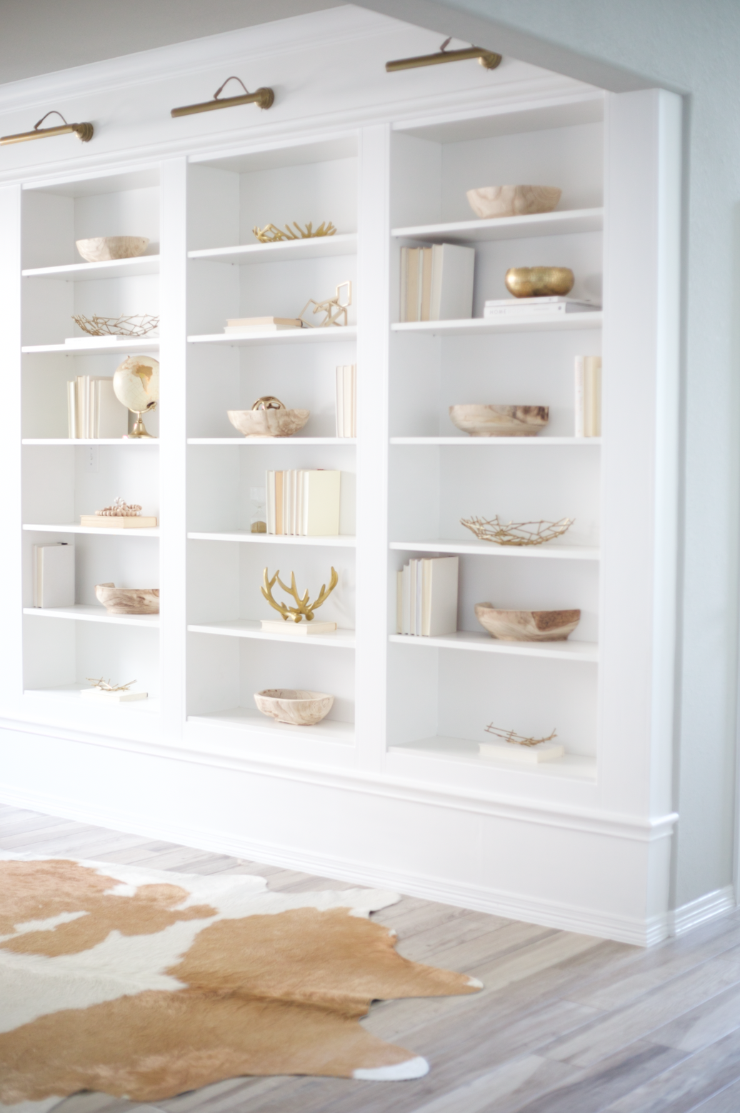 Shelf Styling Tips for the Minimalist