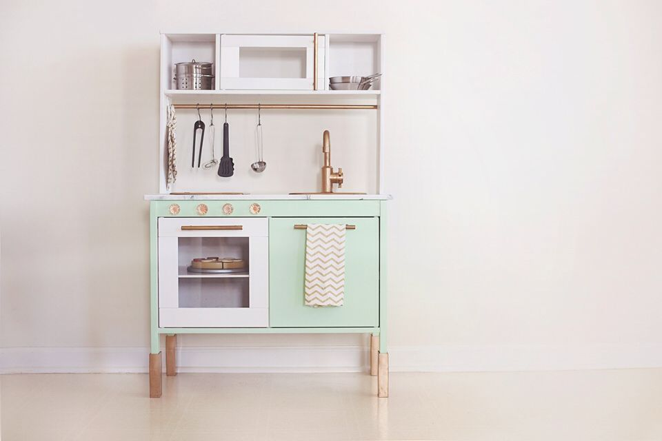 IKEA Play Kitchen Makeover