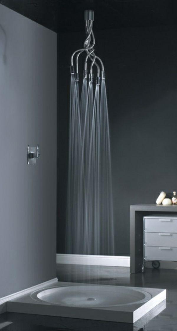schwarze dusche - extravagante idee für badezimmer gestaltung - 21