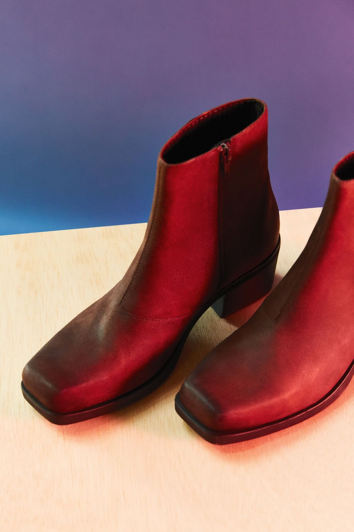 These are the perfect Rojo Botas square toe, low low low heelI want 6841ba