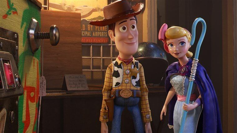 Just Released Trailer For Lamp Life Shares Bo Peep S Journey Since Toy Story 2 Inside The Magic In 2020 Toy Story Good Movies Toy Story Bedroom
