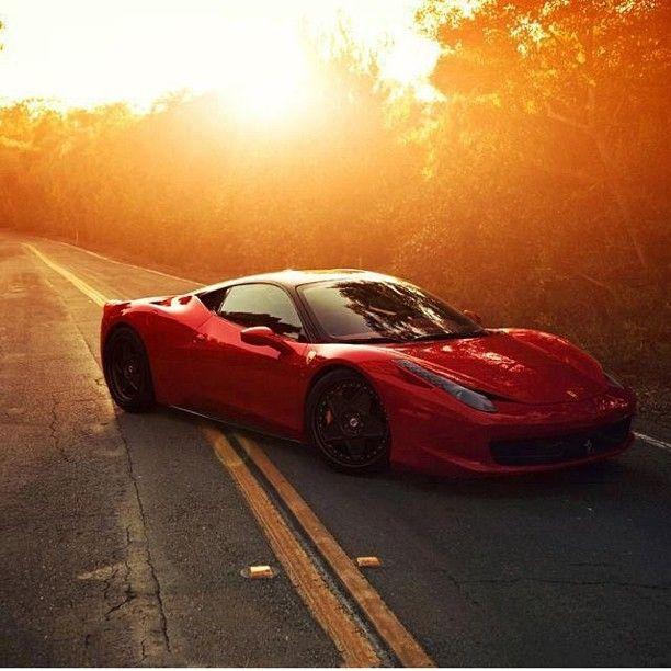Sunset Drive: Ferrari Italia 458
