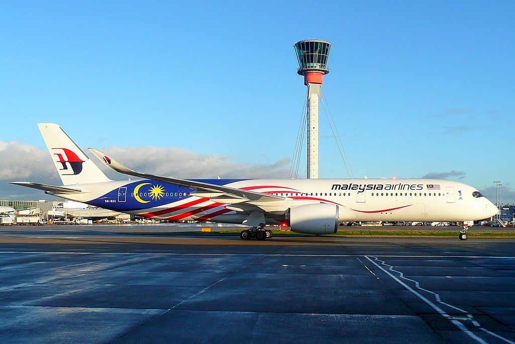 9m Mac Airbus A350 941 Of Malaysia Airlines Negaraku Livery At