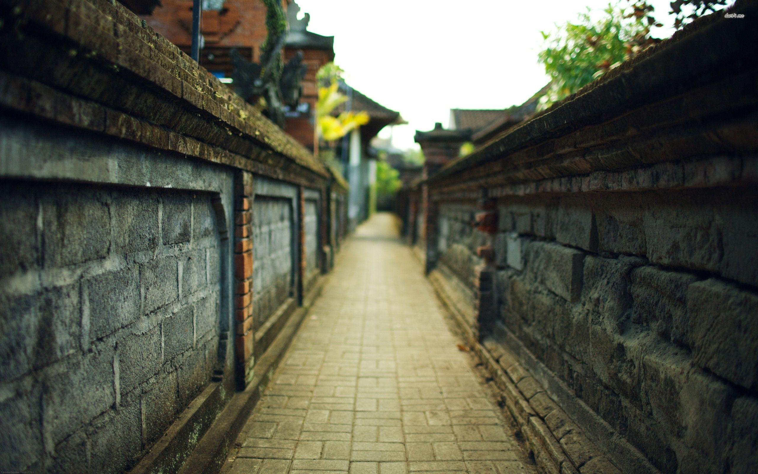 narrow-city-alley-street-world-2560x1600-wallpaper10049 2,560