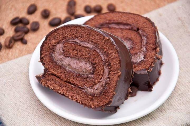 Easy Chocolate Cake Roll