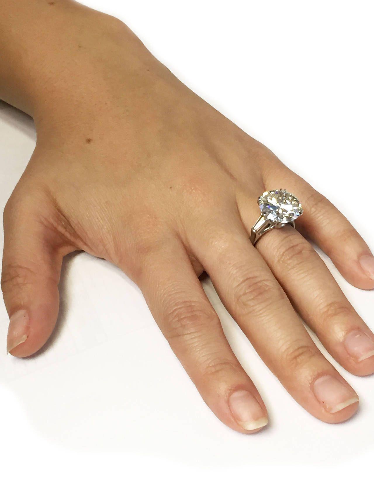 Harry Winston 9 31 Carat Diamond Platinum Ring