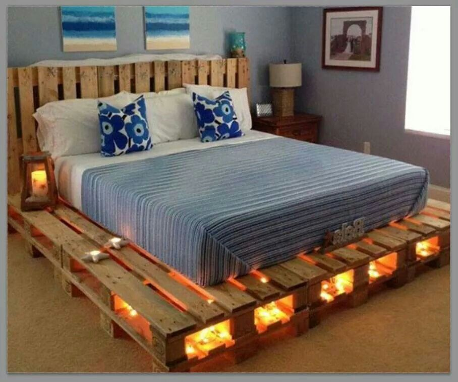pallet bed upcycle beachy tones cabin concepts. Black Bedroom Furniture Sets. Home Design Ideas