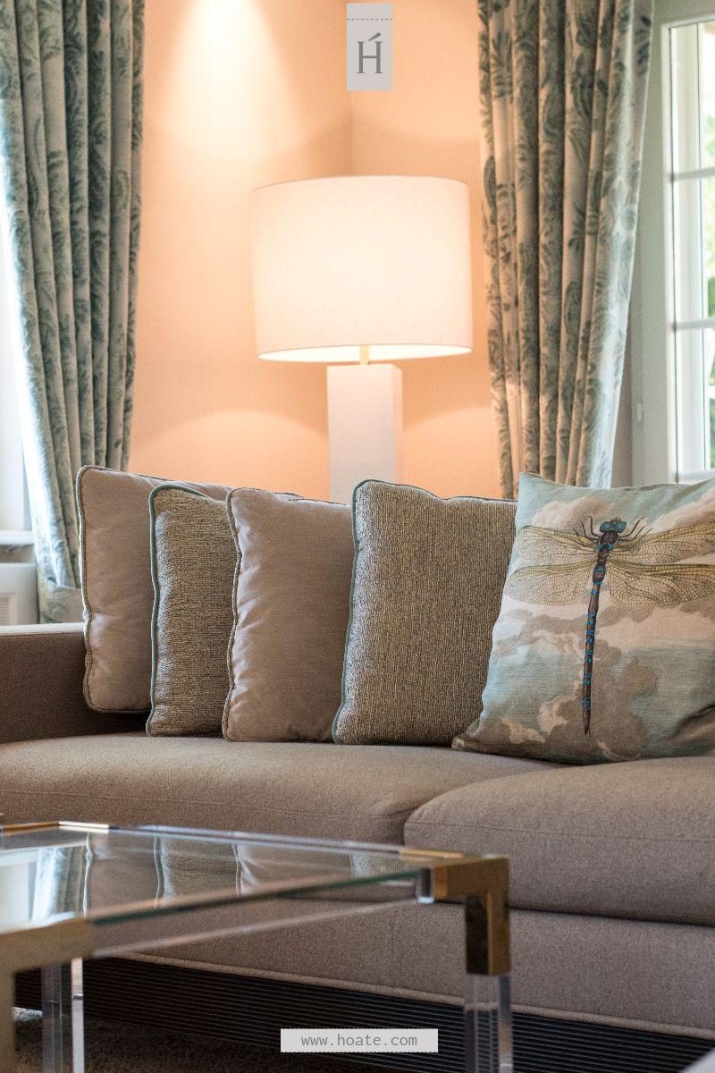 Couch mit Kissen richtig dekorieren   Dein Wohnzimmer ...