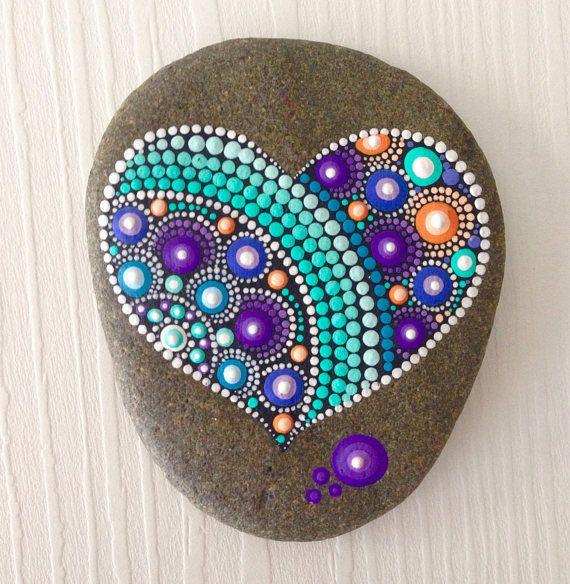 Heart Dot Art Mandala Painted Stone Fairy Garden Gift Piedras Pintadas A Mano Pintura En Piedras Piedras Pintadas