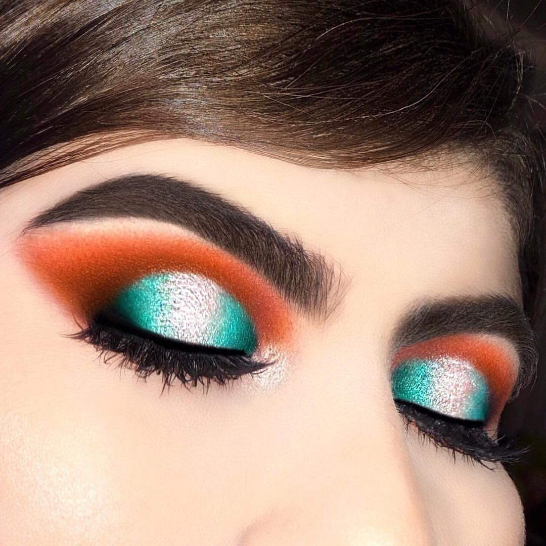Trend beauty the turquoise eye