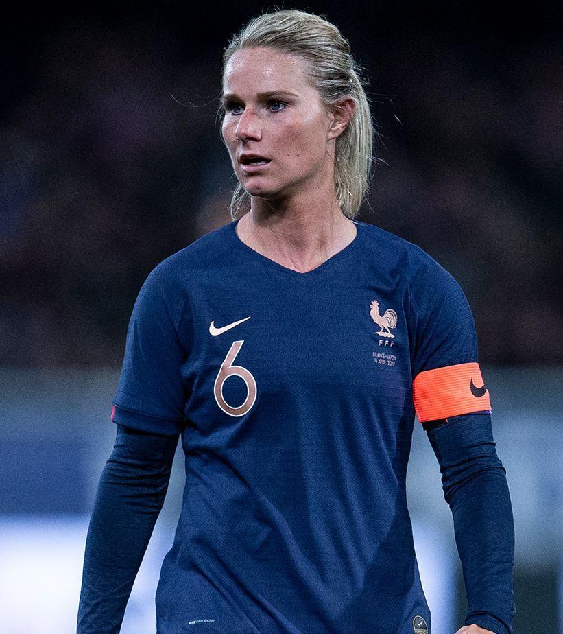 Athlete Stories Amandine Henry Women S Soccer Men S Soccer Teams Womens Soccer
