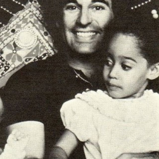 tracee ellis ross and her dad classic ole 39 hollywood pinterest tracee ellis ross dads and. Black Bedroom Furniture Sets. Home Design Ideas
