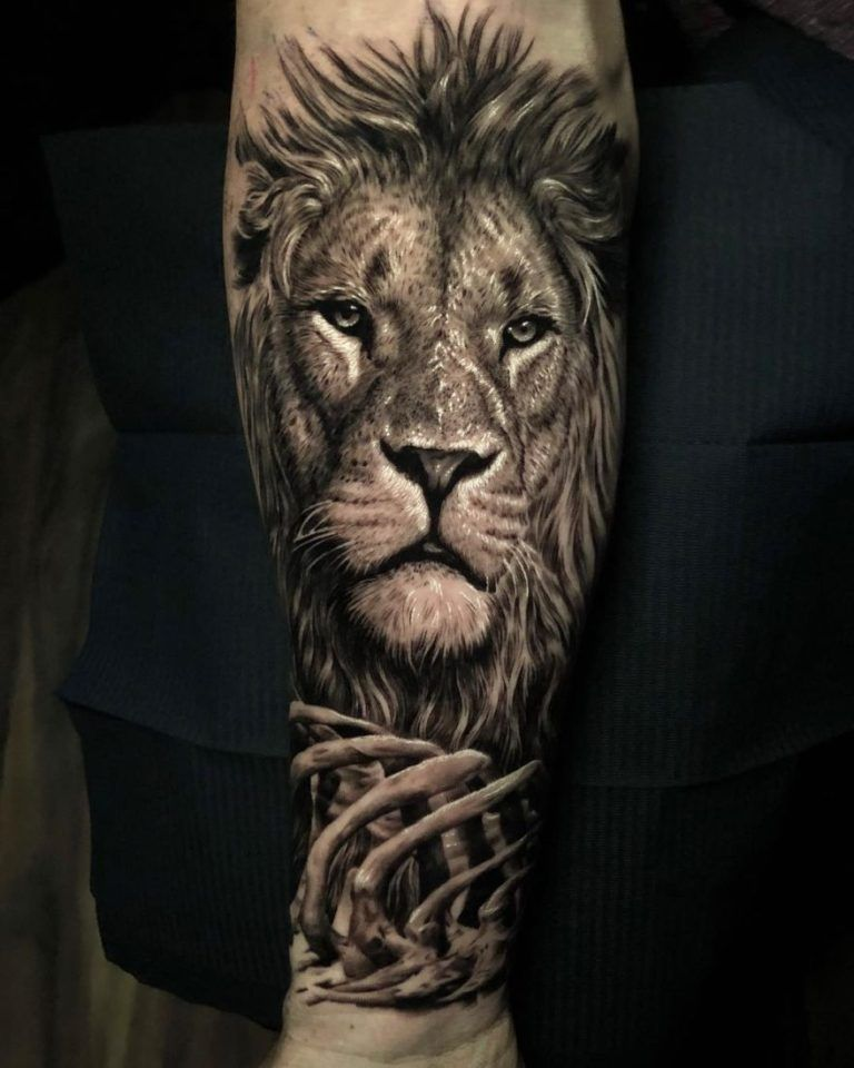 50 Eye-Catching Lion Tattoos That'll Make You Want To Get