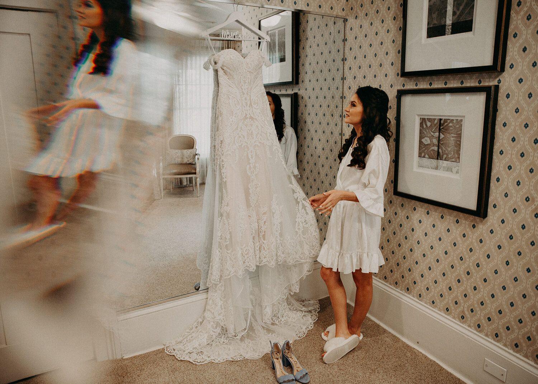 Flint Hill Weddings Aline Marin Photography30 Jpg In 2020 Wedding Atlanta Ga Atlanta Wedding Wedding Dresses Lace