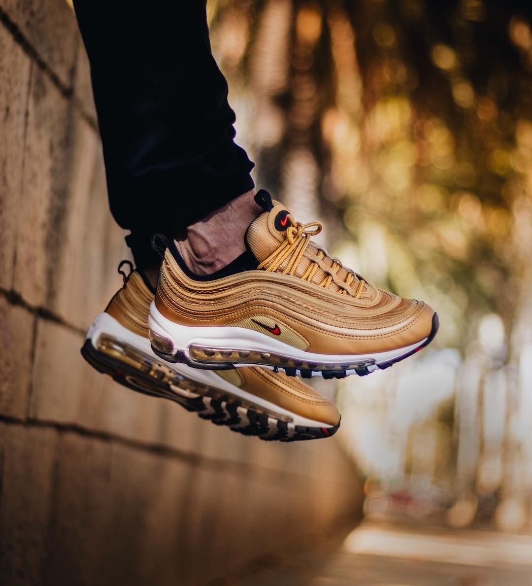 best service f8009 e64c3 Nike Air Max 97 OG QS 'Metallic Gold' | Nikes | Nike air max ...