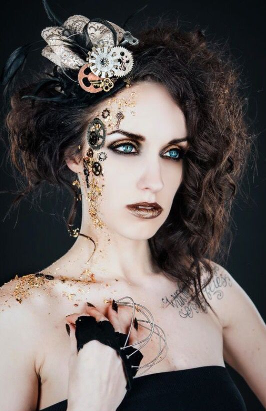 How To Make An Interesting Art Piece Using Tree Branches Ehow Steampunk Hairstyles Steampunk Makeup Steampunk Wedding Hair