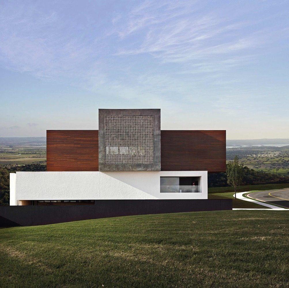 LA House (2009) By Studio Guilherme Torres   The Hardt