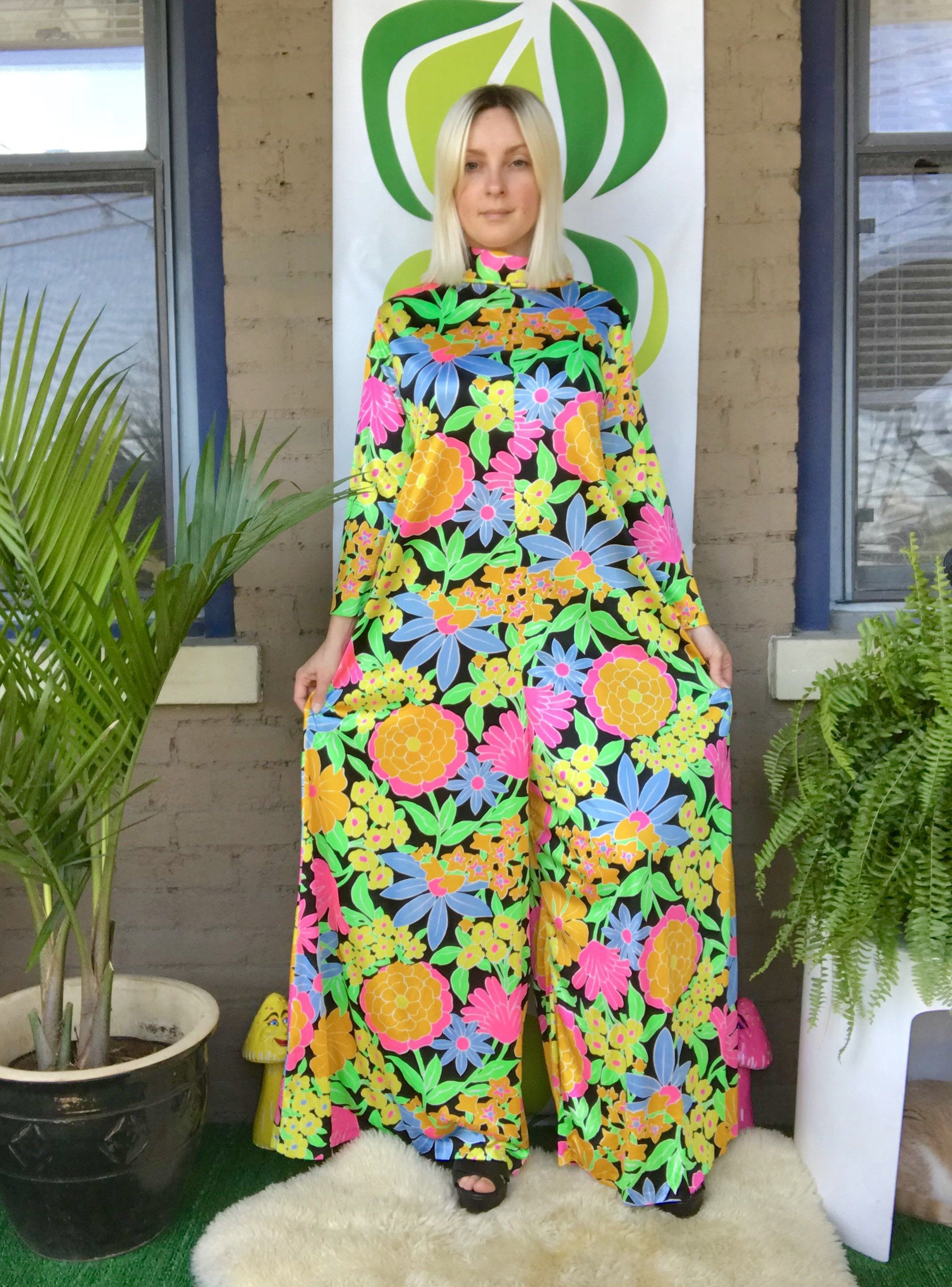 5f6bb311503c 1970s day glo psychedelic wide leg jumpsuit mod 60s roll collar long sleeve  palazzo pantsuit retro 70s neon floral print one piece playsuit