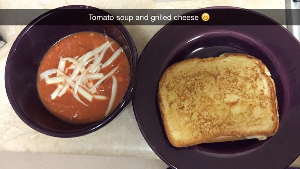 6 minute tomato soup and grilled cheese!
