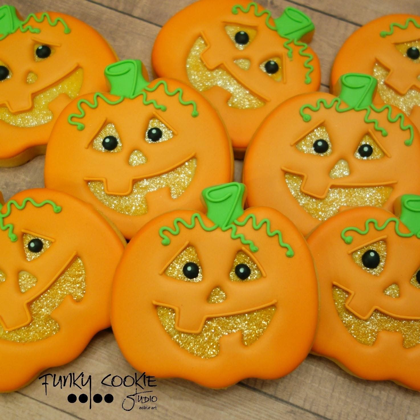 Pin by Pam Schwigen on Cookie Decorating Funky (With