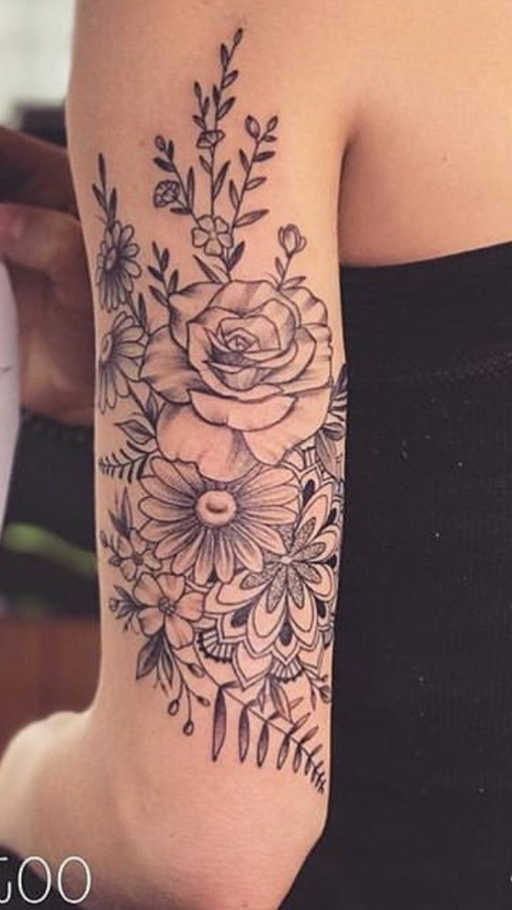Pin By Tiffany Holbrook On Gueixas Tricep Tattoos Tattoos Body Art Tattoos