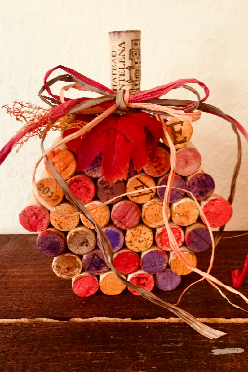 Do it yourself crafts diy super easy do it yourself wine do it yourself crafts diy super easy do it yourself wine cork pumpkins solutioingenieria Image collections