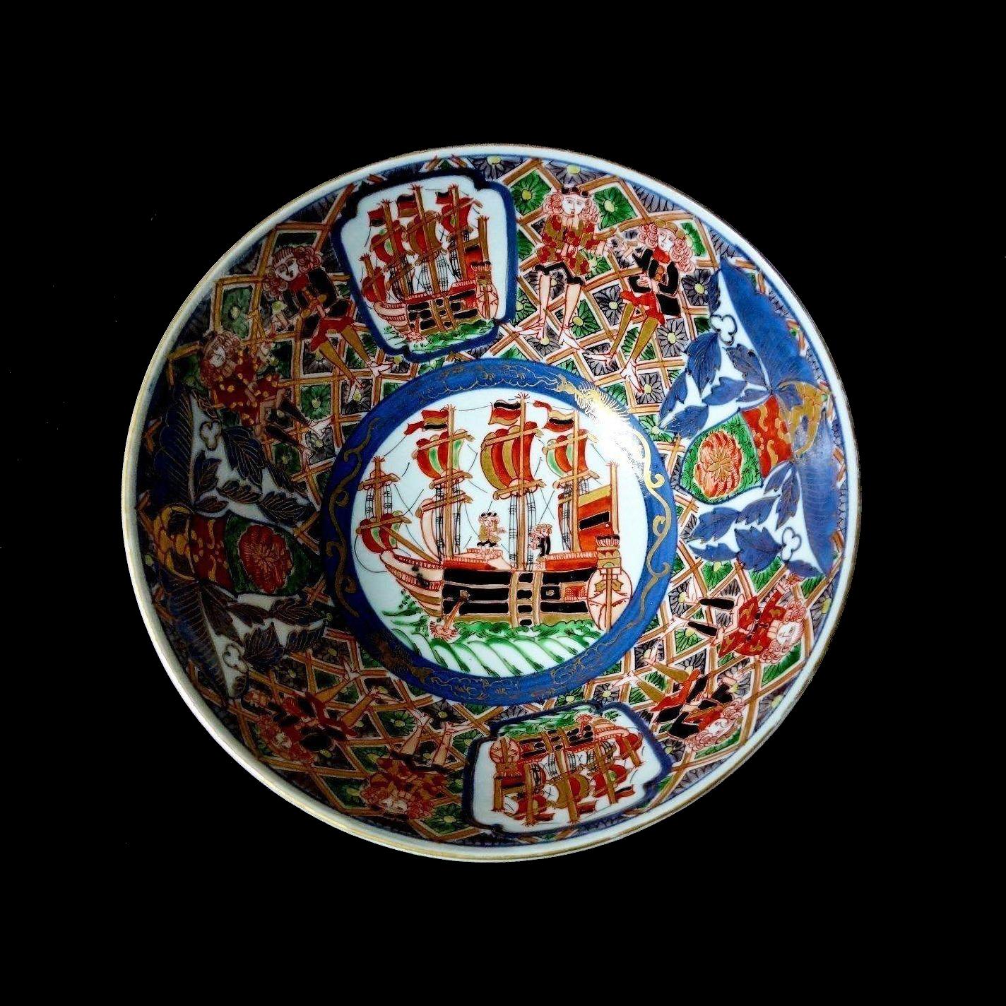 1800-1840 Japanese Imari Black Ships Large Bowl Hand Painted Polychrome Under Glaze  sc 1 st  Pinterest & Antique 1800\u0027s Japanese Arita Imari Black Ships Dutch Merchants ...