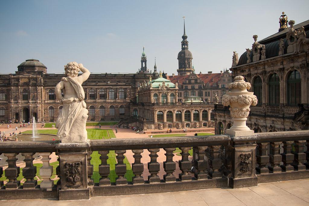 Zwinger Palace Dresden Photograph By Redstone Hill Alemanha Dresden Arquitetura